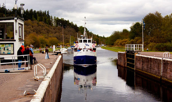 Take trips on the Caledonian Canal